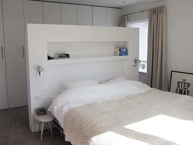 Tags: badkamer , bedachterwand , meubel op maat , slaapkamer